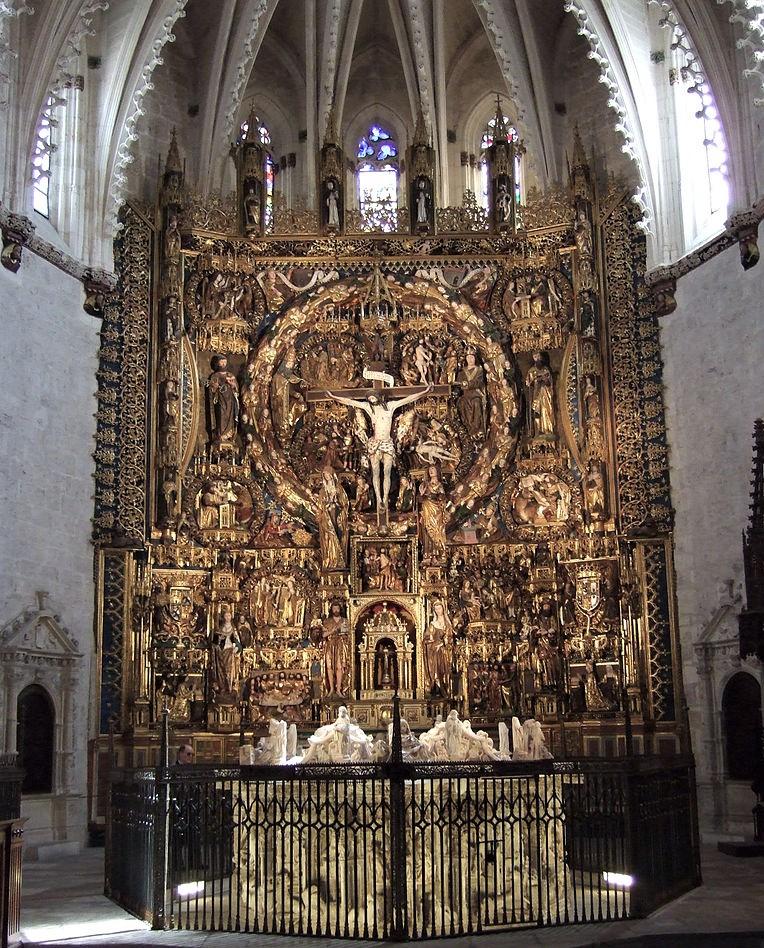 Cartuja_de_Moraflores_(Burgos)_-_Retablo_mayor_y_tumba_de_Juan_II